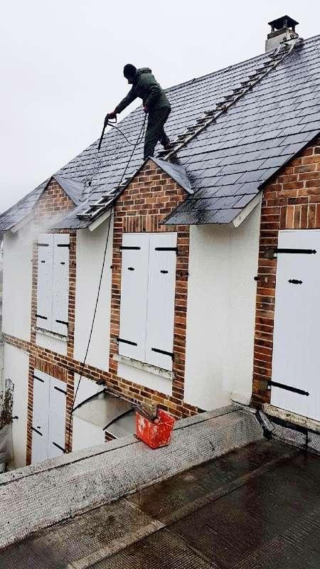 nettoyage de toiture par haute pression